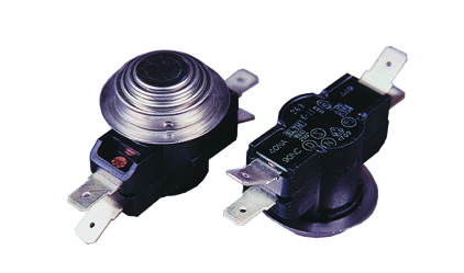Thermostat - 4 contacts NA40.NC90